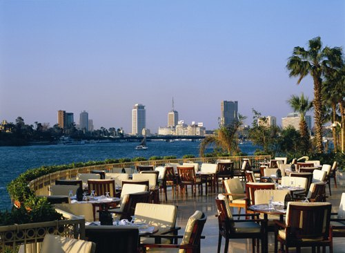 dining-by-the-nile